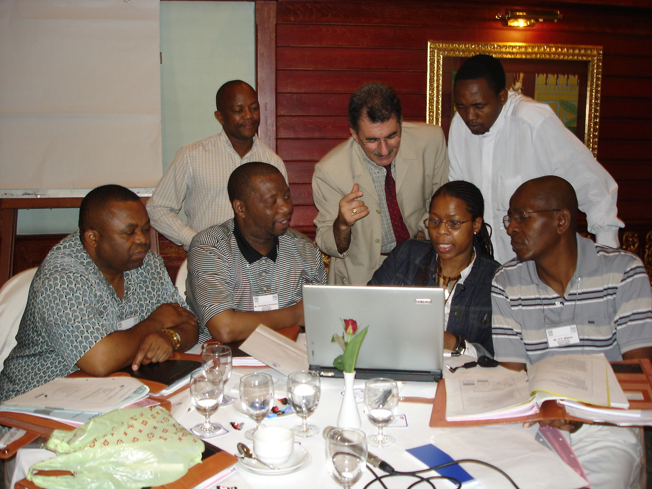 Behnam Tai, Programme Director with the participants from South Africa during preparation of action plan in a workshop session held in Bangkok, Thailand.