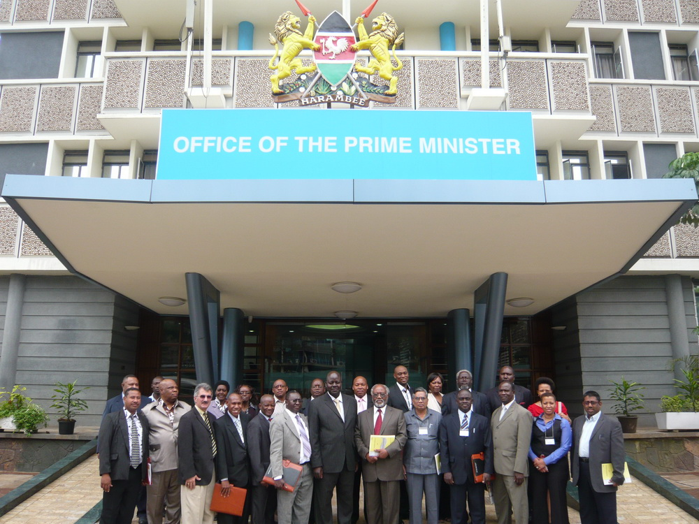 Group photograph of the participants of the workshop during a visit to the Office of the Prime Minister, Kenya.