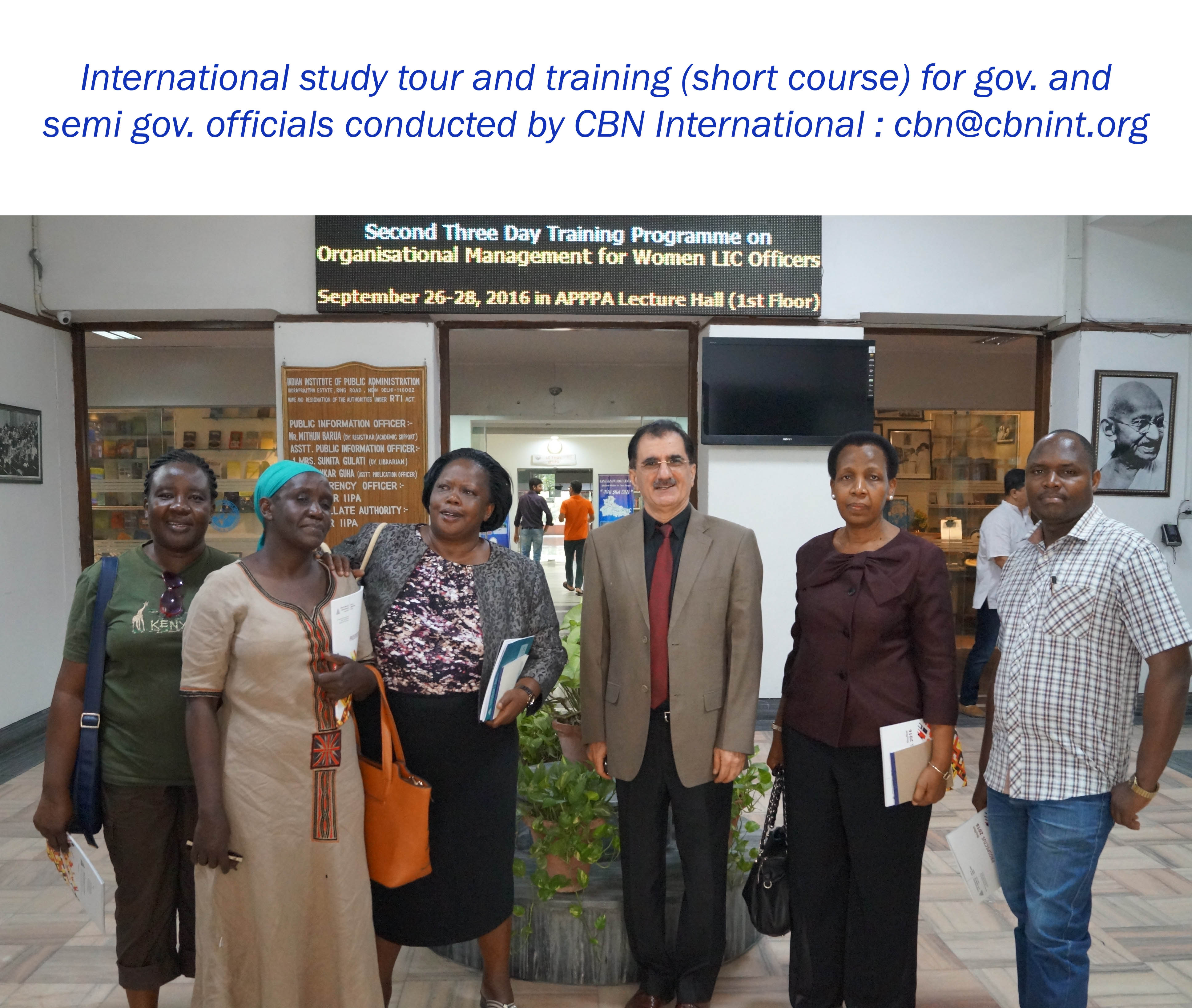 A group of participants during a CBN international training and study tour workshop held in India and Thailand; study tour on Good Governance series.